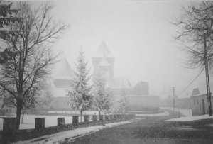 The fortress-church of Homorod/Hamruden in winter