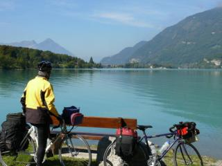 Taking five by Lake Brienz