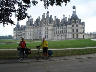 Yvette and Kevin in front of the Chateau at Chambord.