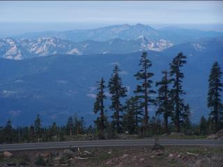 Everitt Memorial Highway to Mount Shasta